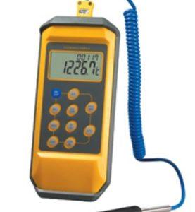 TERMÓMETRO DIGITAL DE -200 a 1370 °C INTERCAMBIABLE A °F MODELO 908650 (ANTERIOR-568900) MARCA ATM